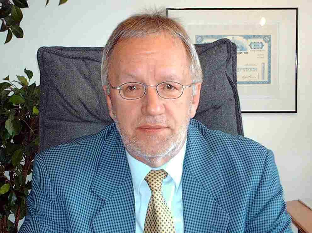 Dr. Volker E. Reich