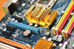 In der Computertechnologie werden Platinen fast immer als Modul geliefert.